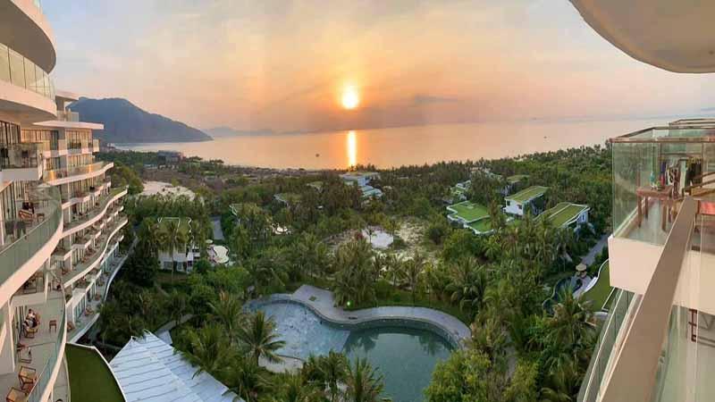 Hoàng Hôn Tại Cam Ranh Riviera Resort