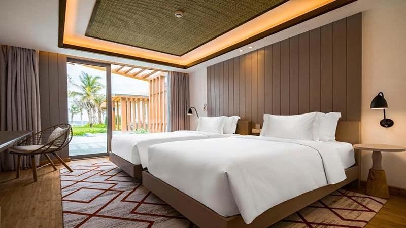 phòng ngủ biệt thự Radisson Blu Cam Ranh