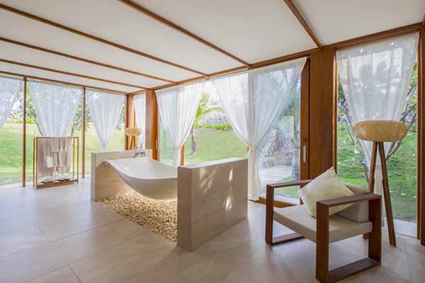 Bồn Tắm Mô Phỏng Chiếc Võng, Hài Hoà Với Thiên Nhiên Tuyệt Mỹ