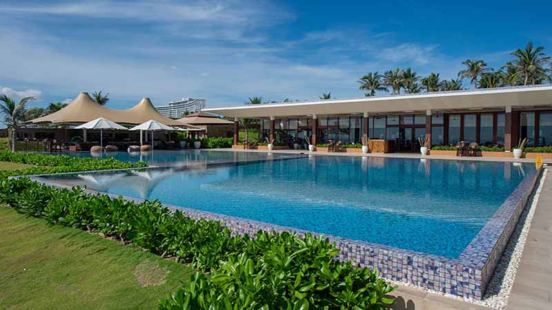 Hồ Bơi Sang Trọng Dành Riêng Cho Khách ở Biệt Thự Và Căn Hộ
