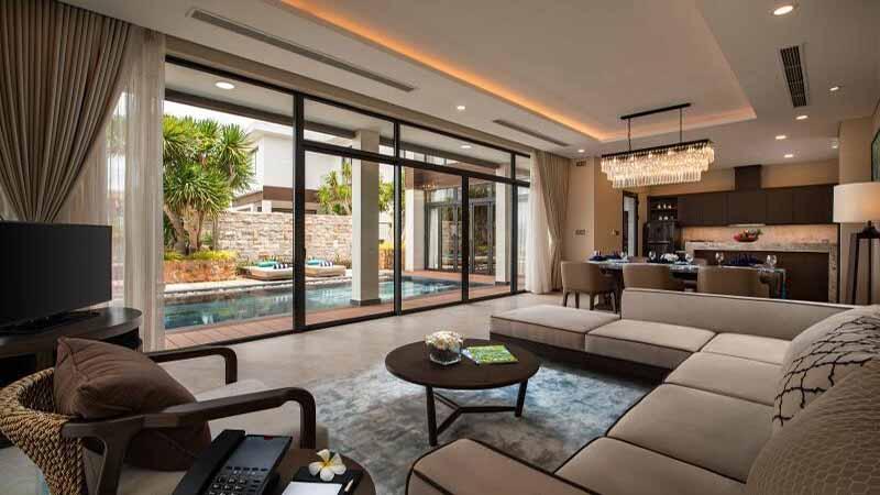 Phòng Khách Biệt Thự Lưu Trú Tại Wyndham Grand Kn Paradise Cam Ranh