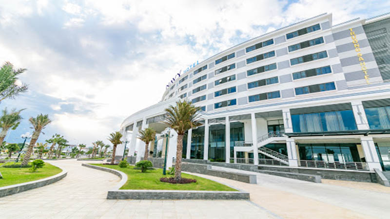 khách sạn gần sân bay Cam Ranh Navy Hotel