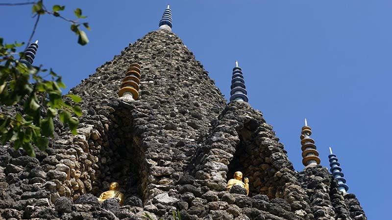 Kiến trúc độc đáo tại chùa từ vân Cam Ranh