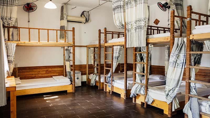 phòng dom tại villa đảo hoa vàng