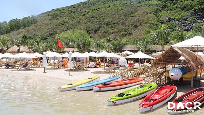 Thuyền Kayak tại Đảo Robinson Nha Trang